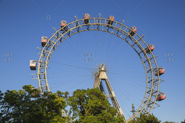 Austria, Vienna, Leopoldstadt, Prater, The Wurstelprater amusement park, Riesenrad Ferris wheel