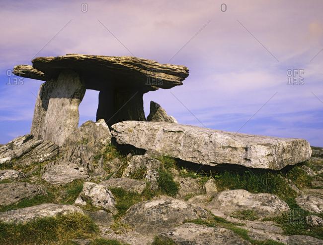 Ireland, Burren, Ancient Poulnabrone Dolman tomb