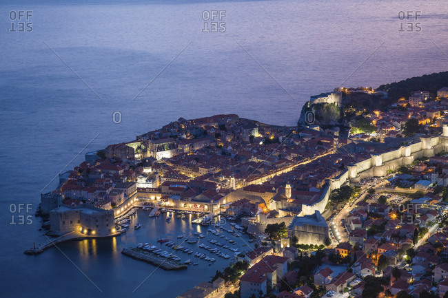 Croatia, Dubrovnik, Overview of city at sunset