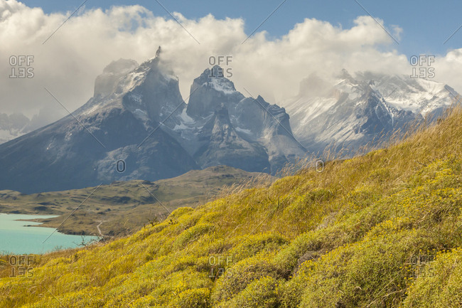 Chile, Patagonia, Lake Pehoe and The Horns mountains
