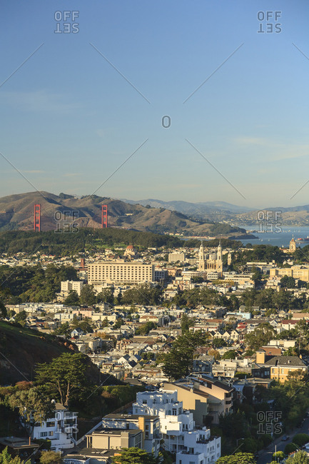 Sweeping view of San Francisco from Twin Peaks Park, San Francisco, California, USA