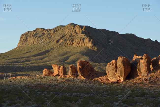 USA, Nevada, Valley of Fire State Park, Sandstone boulders in the desert