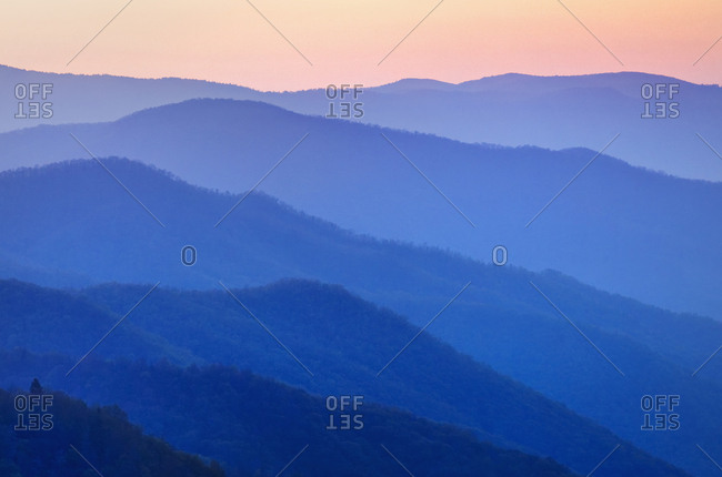 USA, North Carolina, Great Smoky Mountains National Park, Mountain landscape at sunrise