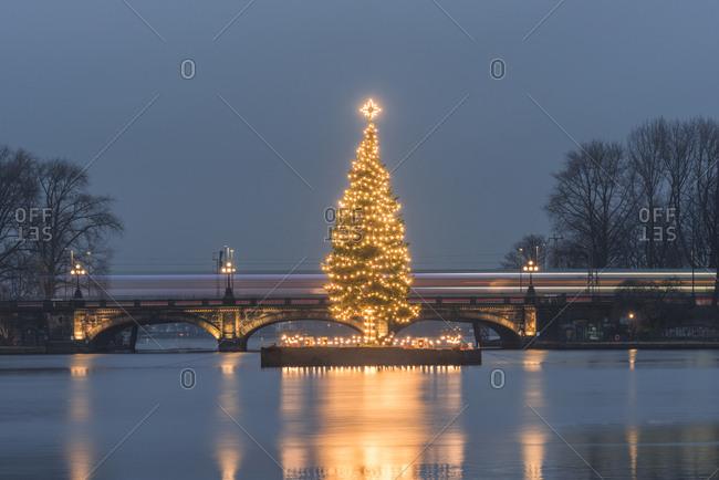 December 19, 2017: Germany- Hamburg- Binnenalster- Christmas tree- Lombard Bridge