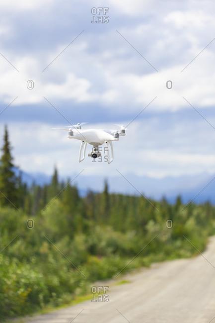 USA- Alaska- Denali Highway- Flying drone with camera