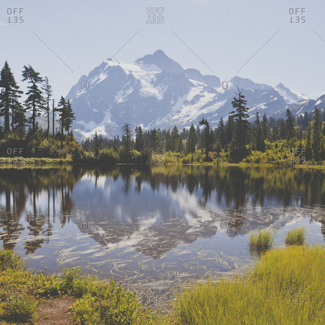 Idyllic view of lake against mountains during winter at North Cascades National Park