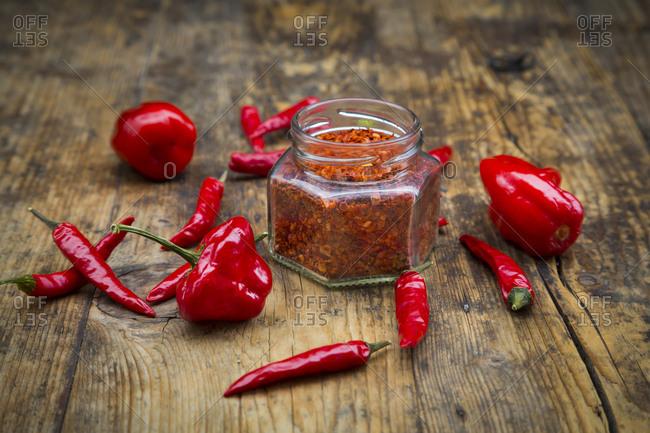 Red chilis and chili powder