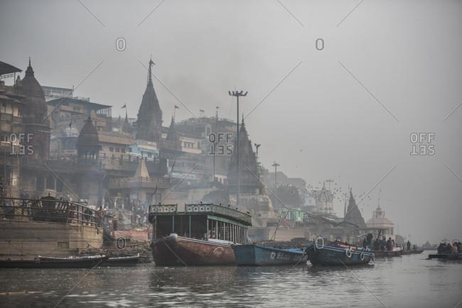 January 5, 2017: Manikarnika Ghat (Burning Ghat), Varanasi, Uttar Pradesh, India, Asia
