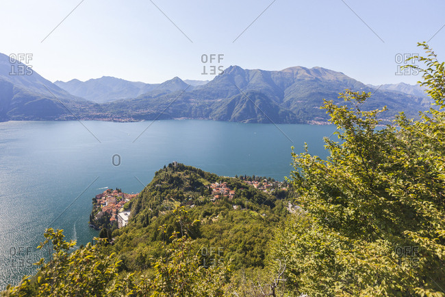Castello di Vezio above the village of Varenna, Lake Como, province of Lecco, Italian Lakes, Lombardy, Italy, Europe