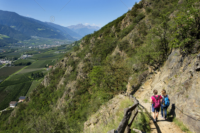 Italy- South Tyrol- Vinschgau- Naturns- Sonnenberg Panorama Trail- female hikers