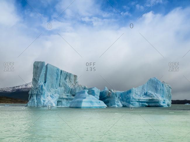 Argentina- Patagonia- El Calafate- Puerto Bandera- Lago Argentino- Parque Nacional Los Glaciares- Estancia Cristina- broken iceberg