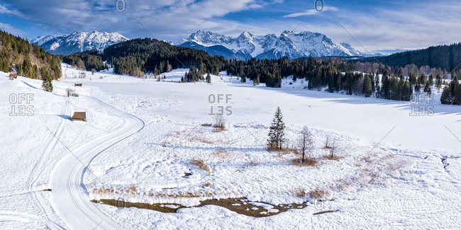 Germany- Bavaria- Upper Bavaria- Garmisch-Partenkirchen- Werdenfelser Land- Geroldsee in winter