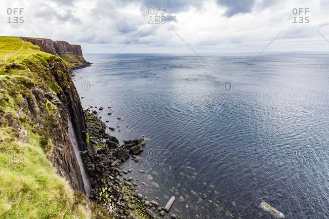 United Kingdom- Scotland- Isle of Skye- cliff coast- Kilt Rock- waterfall
