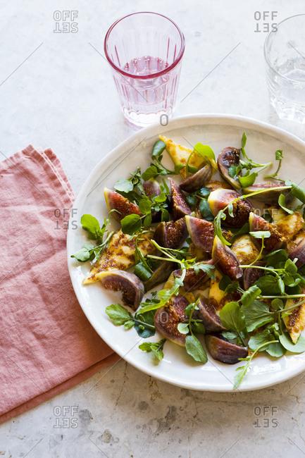 Fresh fig, watercress and halloumi salad