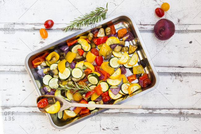 Mediterranean oven vegetables - Offset Collection