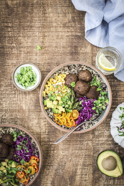 Quinoa power bowls with meatballs