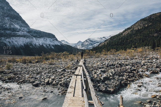 Canada- British Columbia- Mount Robson Provincial Park- man hiking on Berg Lake Trail