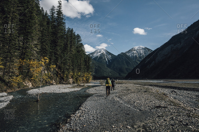 Canada- British Columbia- Mount Robson Provincial Park- two men hiking on Berg Lake Trail