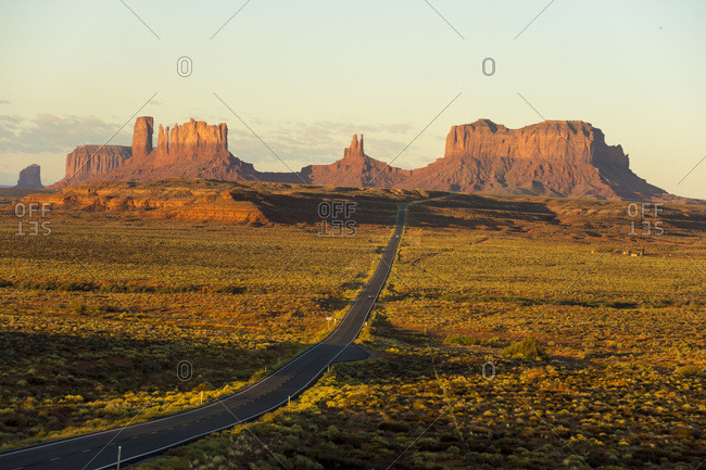 Sunrise on northern approach to Monument Pass, southern Utah, United States of America, North America