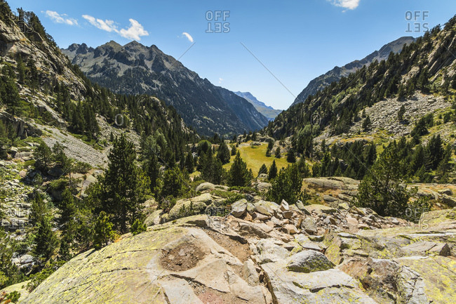 View from Rio Caldares valley head trail down to the Llano Bozuelo pasture, Banos de Panticosa, Pyrenees, Huesca Province, Spain, Europe