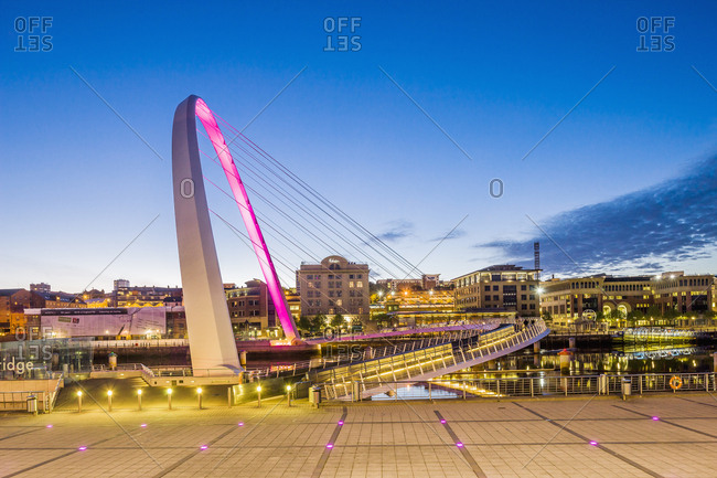 Tyne and Wear, England, UK: The Gateshead Millennium Bridge (Keith Brownlie, Wilkinson Eyre Architects)