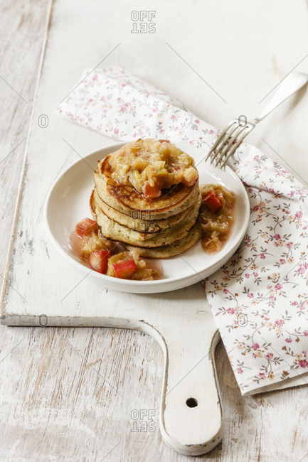 Gluten free pancakes with rhubarb compote- cocos flour-