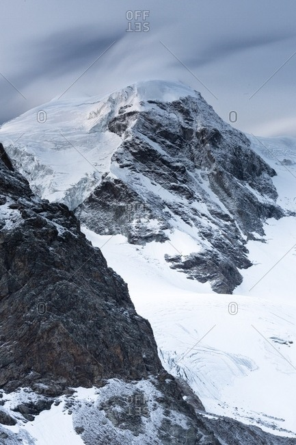 Detail of Piz Palu at twilight from Diavolezza hut, Bernina mountain range, Pontresina, Engadin, Canton of Grisons, Switzerland, Europe