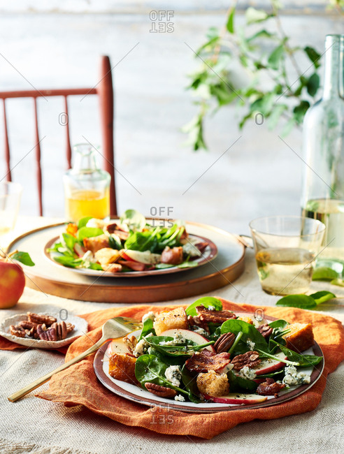 Healthy Spinach Salad with Warm Bacon Dressing for two