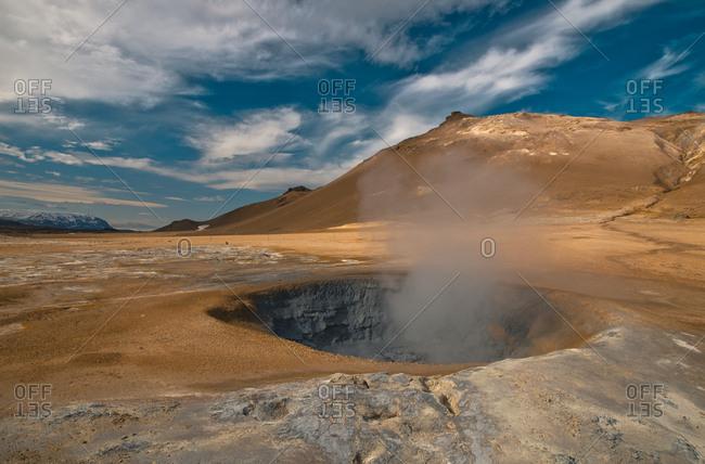 Iceland- geothermal area Hveraroend- mud pot