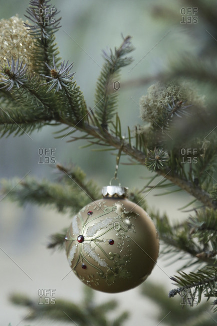 Glass ball Christmas tree ornament