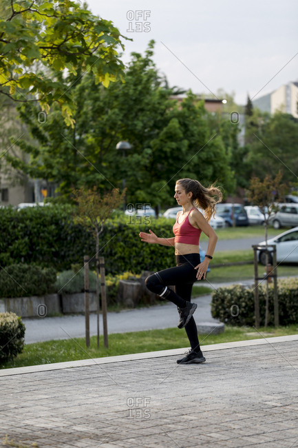 Young woman doing an outdoor workout