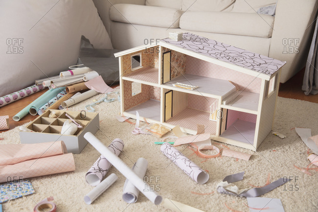 Building a doll house