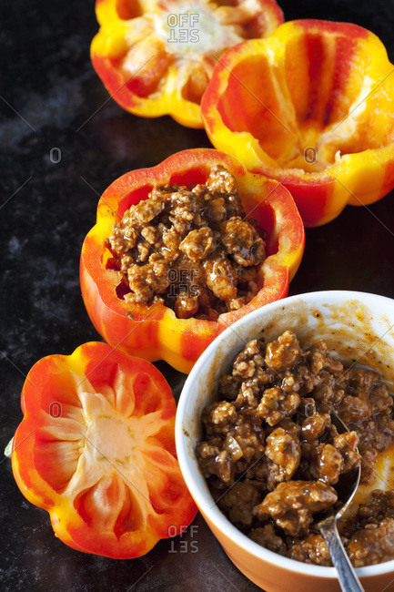 Tiger bell pepper stuffed with mincemeat