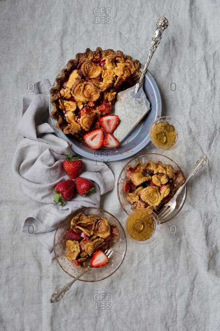 Strawberry Rhubarb Pie, Gluten-free