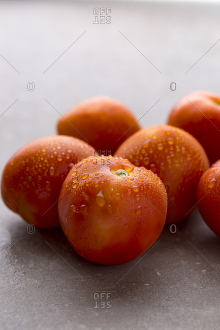 Washed red tomatoes