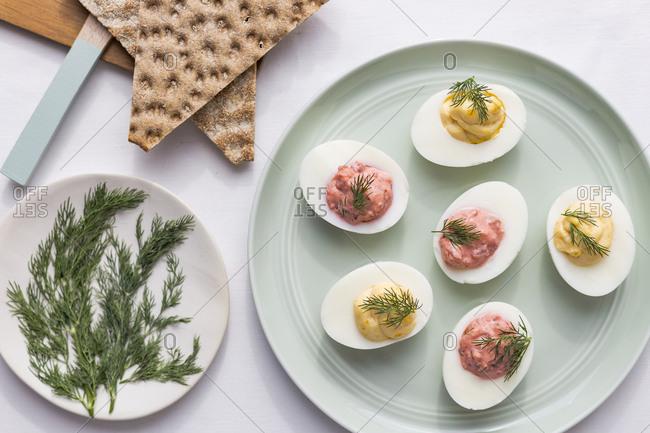 Easter deviled eggs with crispbread
