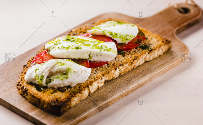 Toasted bread with tomato and cheese
