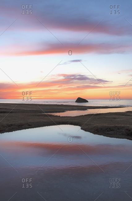 USA, Massachusetts, Cape Cod, Orleans, Sea at sunset