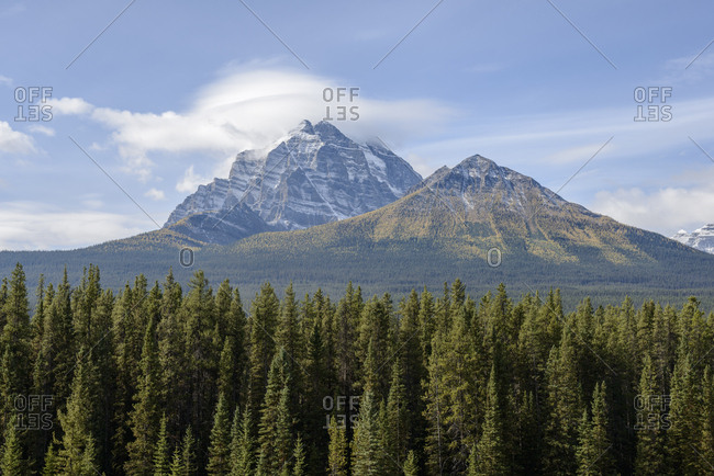 Canada, Alberta, Banff, Scenic view of mountains and forest