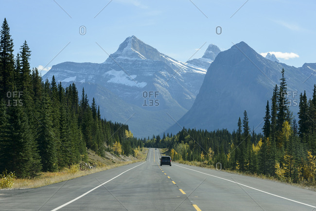 Canada, Alberta, Banff, AB-93 road in mountain landscape