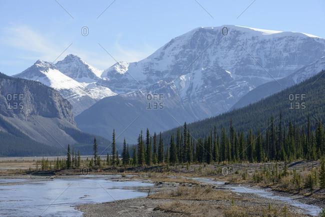 Canada, Alberta, Jasper, Mountain landscape in Jasper National Park
