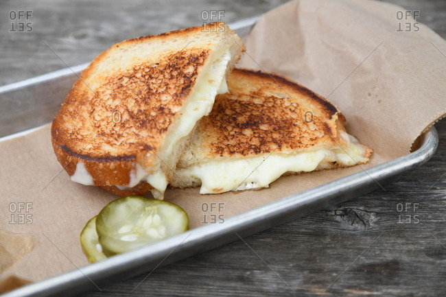 Grilled cheese sandwich and pickles