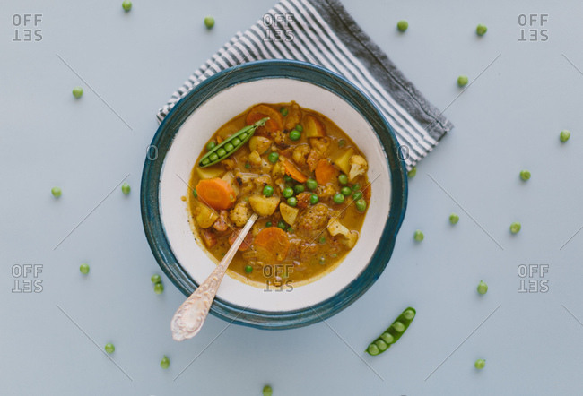 Pea, cauliflower, coconut vegan curry