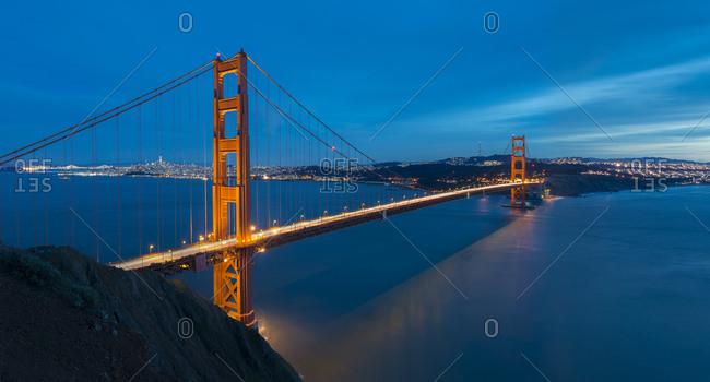 USA- California- San Francisco- Golden Gate Bridge at night