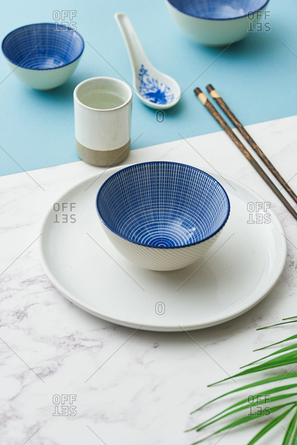 Crockery on colorful background - Offset