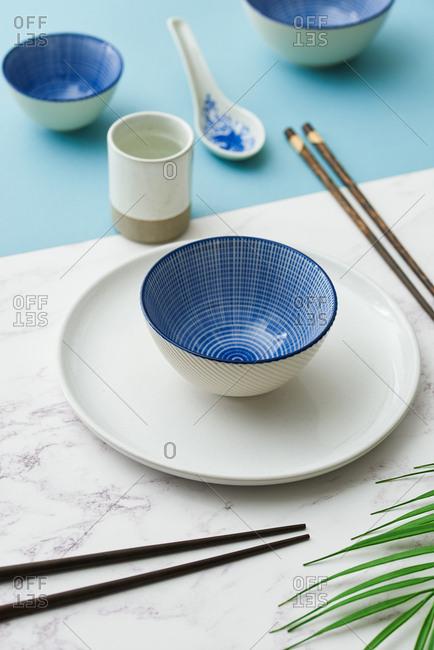 Minimal tableware