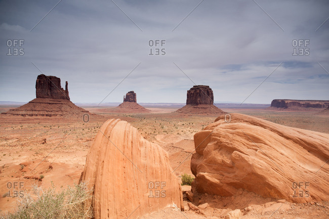 Scenic view of sandstone buttes in Monument Valley Navajo Tribal Park
