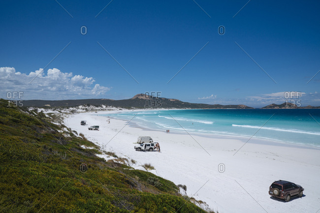 Esperance, Australia - February 9, 2018: Cars parked along white sand beach at Lucky Bay in Cape Le Grand National Park