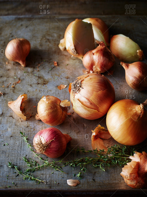 Onions, eschalots, thyme - Offset Collection