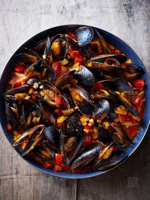 Still life with bowl of mediterranean mussels